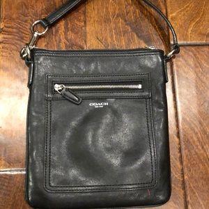 Black leather coach🍒